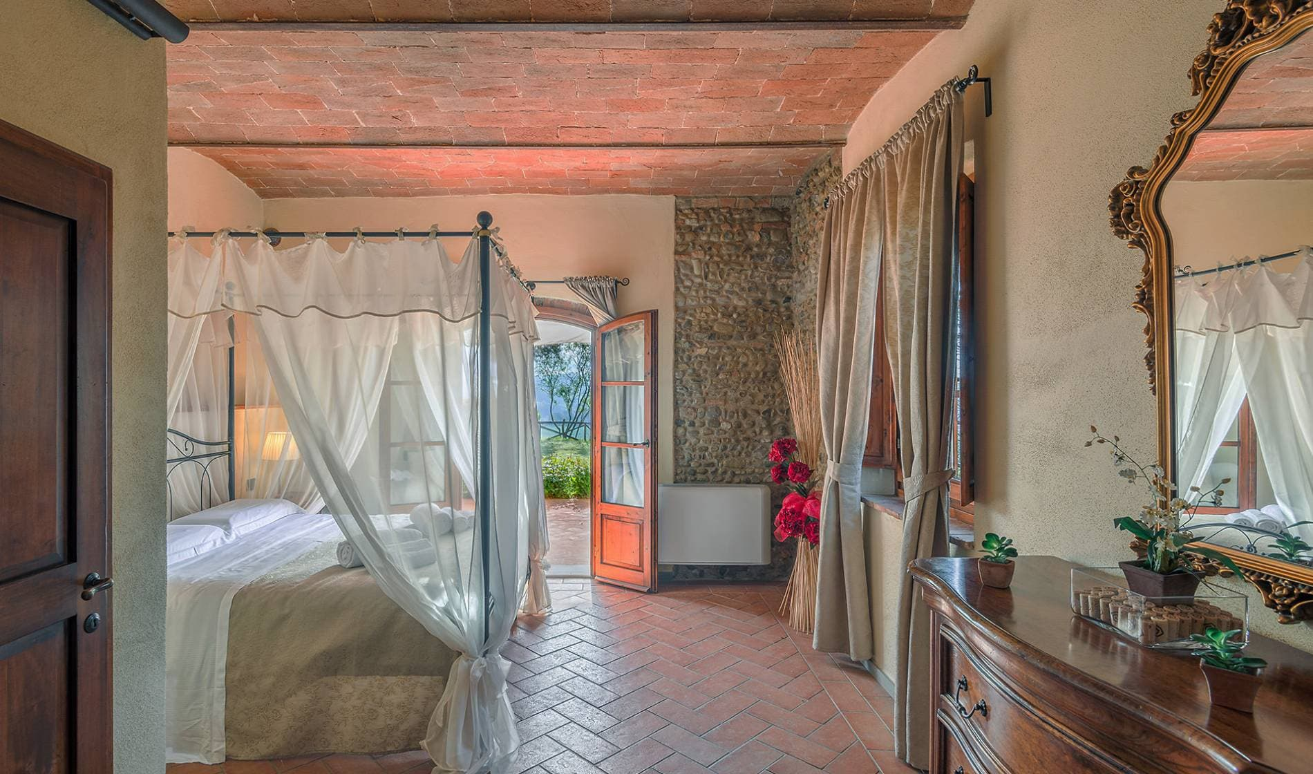 Divine dreams await you on our Tuscan holiday farm
